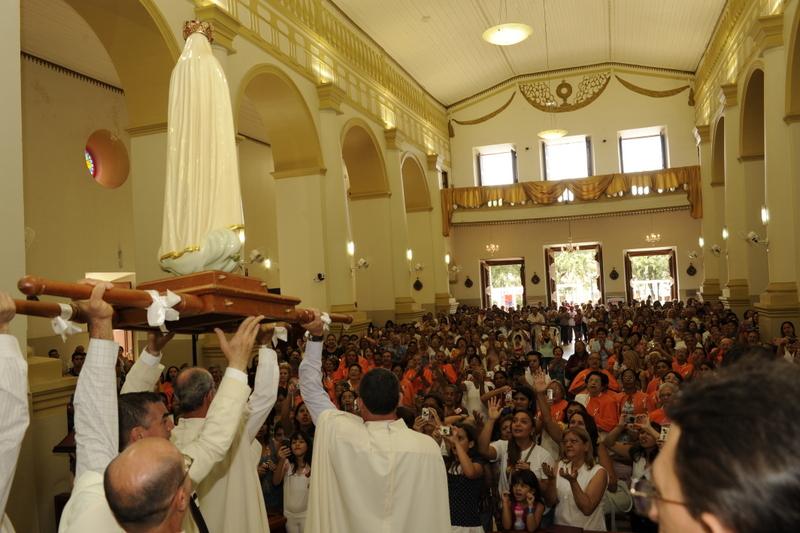 Missa com os Arautos do Evangelho Catedral Nossa Senhora da Penha, Crato - CE